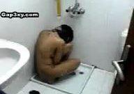 گاییدن دختر پشتون در حمام